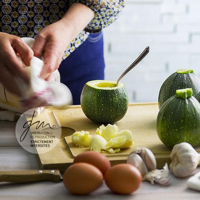 Photo recette Brouillade en coquetier de courgette - Simplement bio, Simplement bon - Delphine Guichard - Photographe culinaire