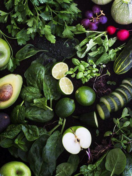Photo produits culinaires Illustration couleur vert - Jus et soupes détox - Delphine Guichard - Photographe culinaire