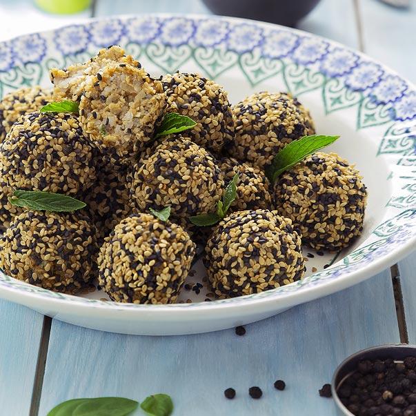 Boulettes de seitan aux graines de sésame