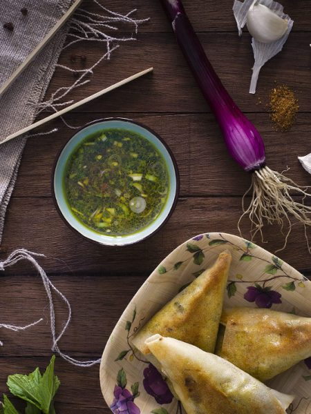 Photo recette - Samoussas et sauce épicée aux agrumes - blog Cook'n Focus - Delphine Guichard photographe culinaire