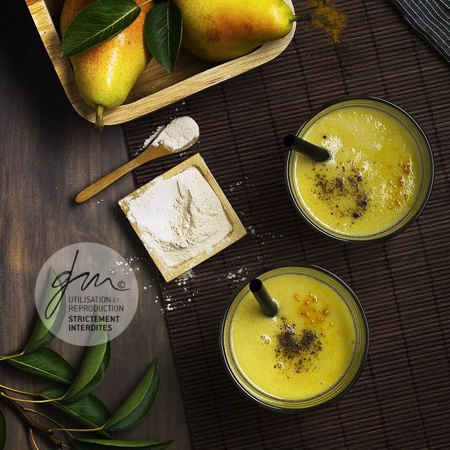 Photo recette Smoothie poire curcuma - La Vie Claire Purasana - Delphine Guichard - Photographe culinaire