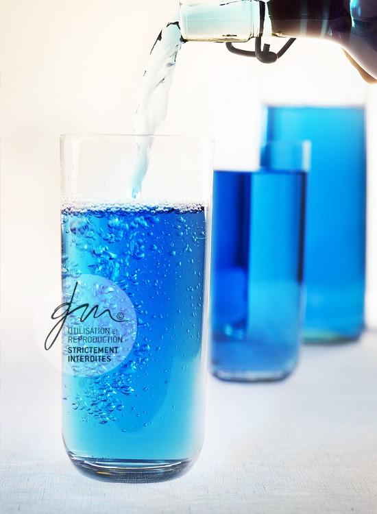 Photo recette Eau bleue phycocyanine Gaspacho de persil - Jus et soupes detox - Delphine Guichard - Photographe culinaire