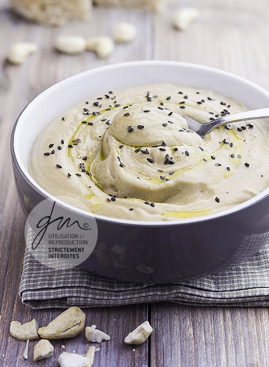 Photo recette Caviar d'aubergine à la noix de cajou - Simplement bio, simplement bon - Delphine Guichard - Photographe culinaire
