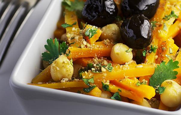 Salade tiède de carottes et pois chiches
