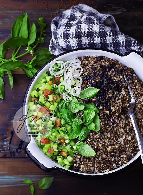 Taboulé de quinoa rouge - Réalisation de la recette de l'auteur, stylisme et photographie culinaire